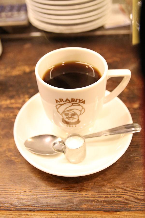 アラビヤコーヒーで注文したホットコーヒー